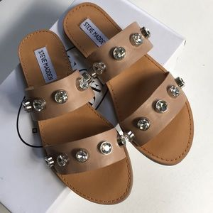 New in box Steve Madden leather sandals